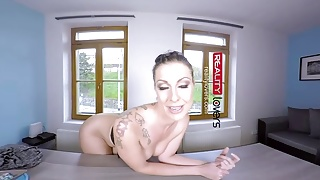 RealityLovers VR - Milf gives Anal for Job's Thumb