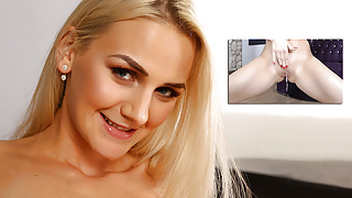 Virtualpee - Vibrator play for babe Katy Sky who plays pee