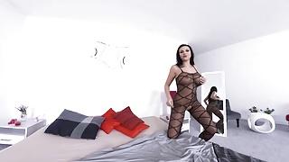 Chubby porn feeds - Virtualtaboo.com sexy jolee love feeding her hungry pussy