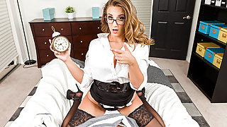 Big tits VR - Layla London - NaughtyAmericaVR.com