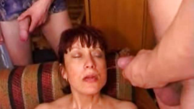 Русское порно с участием амалия, тетя тамара в белых трусах фото