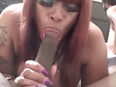 SHEMALE PORNSTAR TS BIG BOOTY BIANCA SUCK & FUCK OUTSIDE