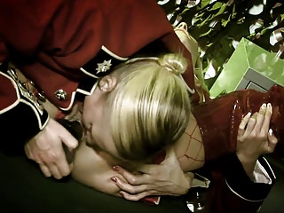 Sexy soldier blondes suck army guy's tool outdoors