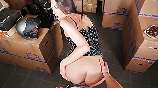 18VR.com Welcoming With A Pussy By Miky Love