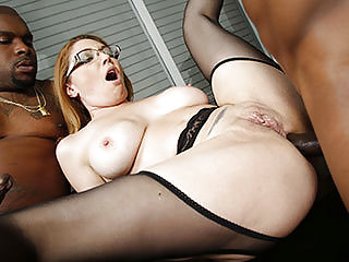 Busty Cougar Kiki Daire Gets DP'd by BBCs