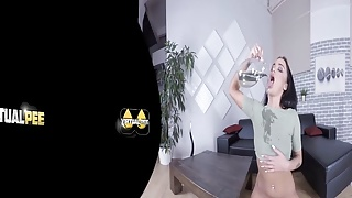 Virtualpee - Hot Wet And Naked - VR Porn