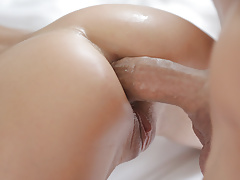 Doris Ivy Loves Monster Cock Anal Sex