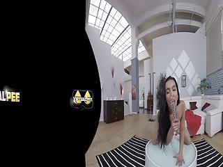 VR porn with Amanda Estela who sucks and fucks a glass dildo