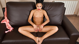 VIRTUAL TABOO - Cute Spanish daughter with wet hungry pussy