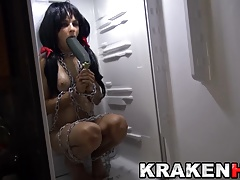 Agatha Fox in an exclusive homemade BDSM video in Krakenhot